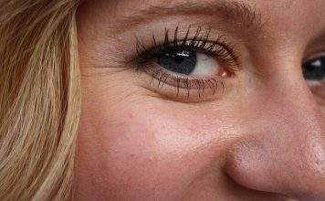 krem przeciwzmarszczkowy pod oczy